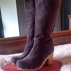Ugg Brown suede block heel boots